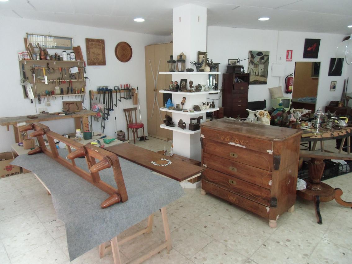 Restauraci n de muebles - Restaurador de muebles ...